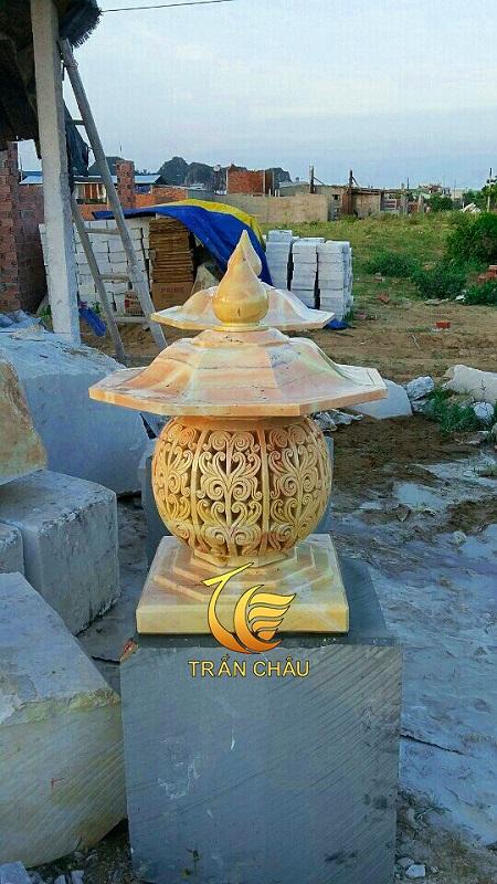Đèn Đá Cẩm Thạch Vàng Trang Trí Sân Vườn