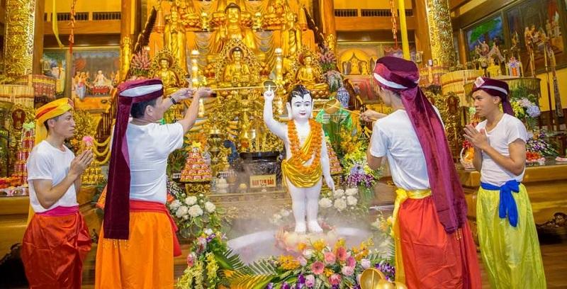 Lễ Tắm Phật
