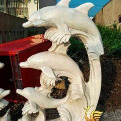 Tượng Cá Heo Phun Nước Trang Trí Hồ Cá