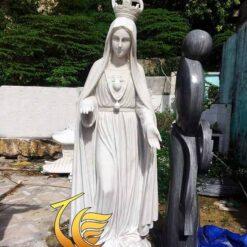 Tượng Đức Mẹ Ban Ơn Đá Ngũ Hành Sơn