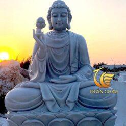 Tượng Phật Thích Ca Mâu Ni Cầm Hoa Sen